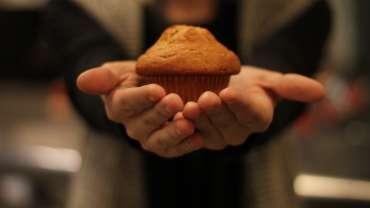 Keto Sunbutter Muffins (tastes like PB&J!)